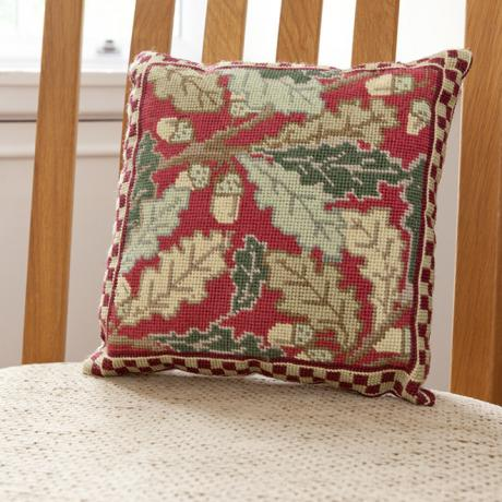 Red Acorn Herb Pillow - Lifestyle2