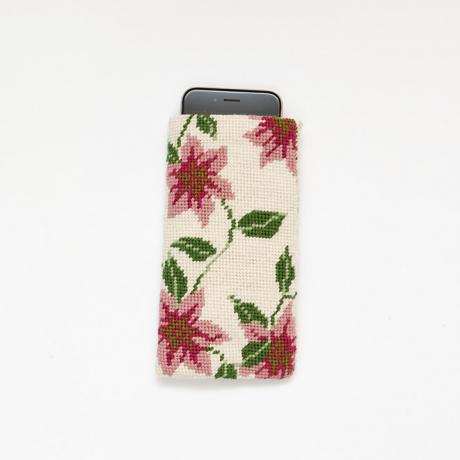 Clematis Spectacle Case with phone